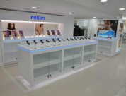 Peek Exhibition built and installed Philips shop within shop at farmers Queen Street. Designed by Exposure Creative PTY
